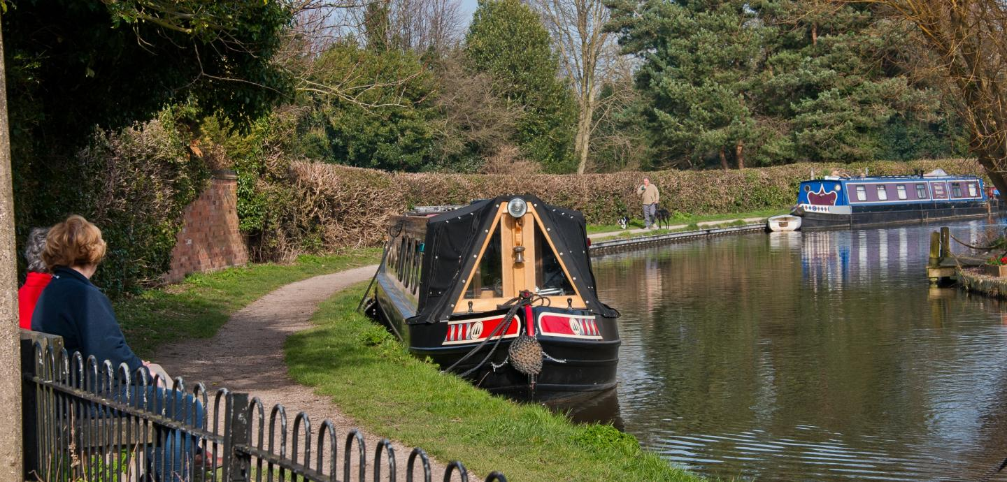 Trent & Mersey Canal at Alrewas